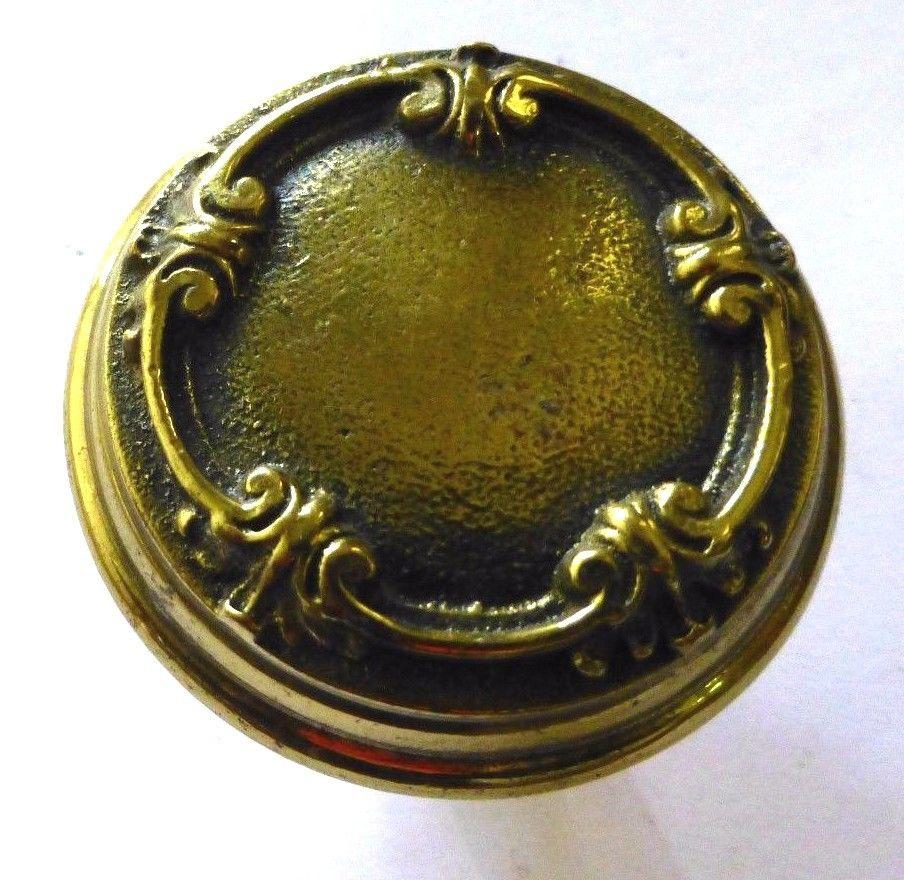 quirky door knobs photo - 10