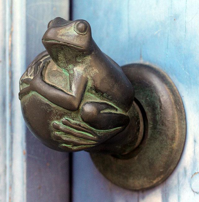 quirky door knobs photo - 20
