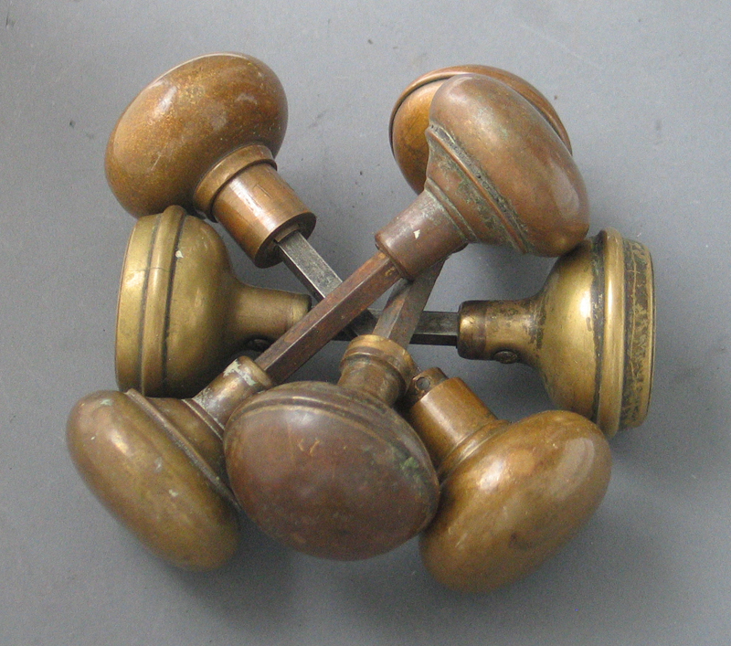 reclaimed brass door knobs photo - 2