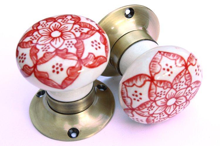 red door knobs photo - 20