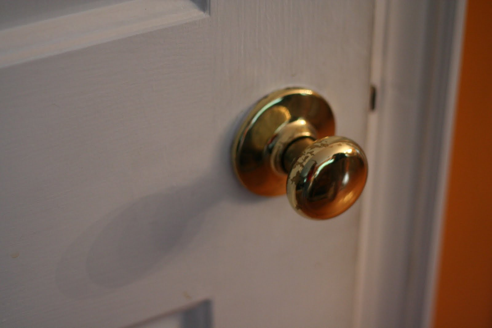 replace old door knob photo - 2