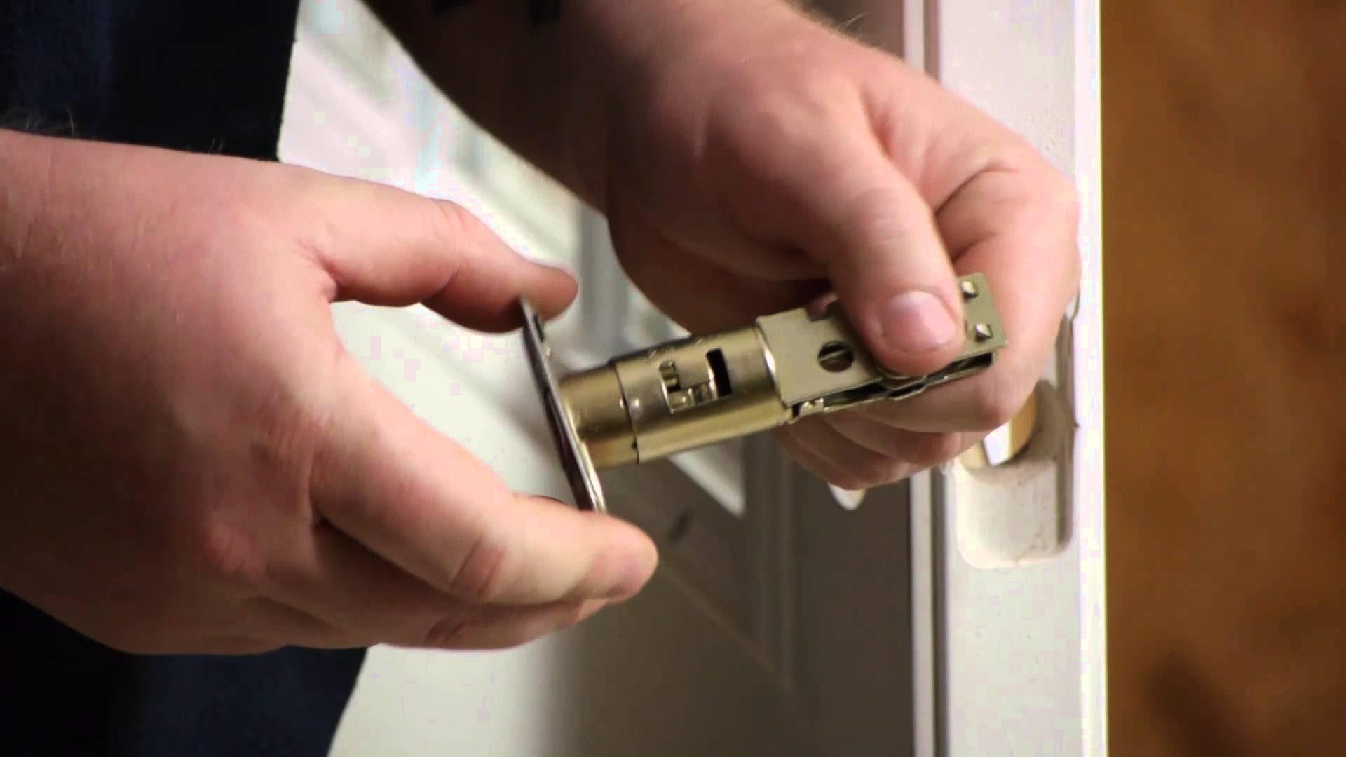 replacing door knob photo - 16