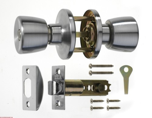replacing door knobs and locks photo - 13