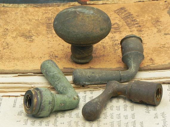 salvaged door knobs photo - 14