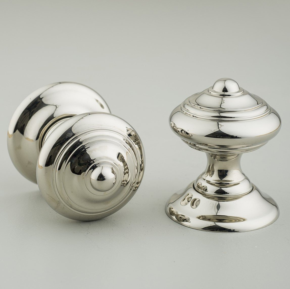 screw in door knobs photo - 4