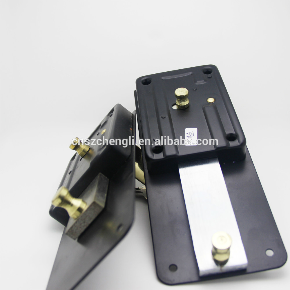 self locking door knobs photo - 17