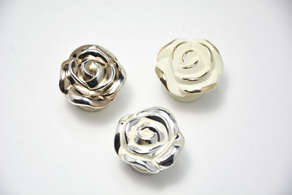 shabby chic door knobs photo - 11