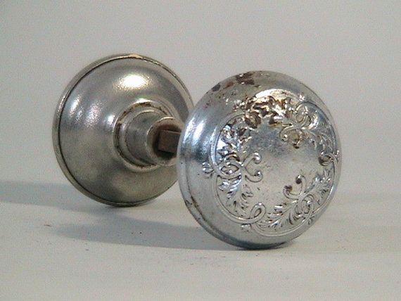 silver door knobs photo - 1