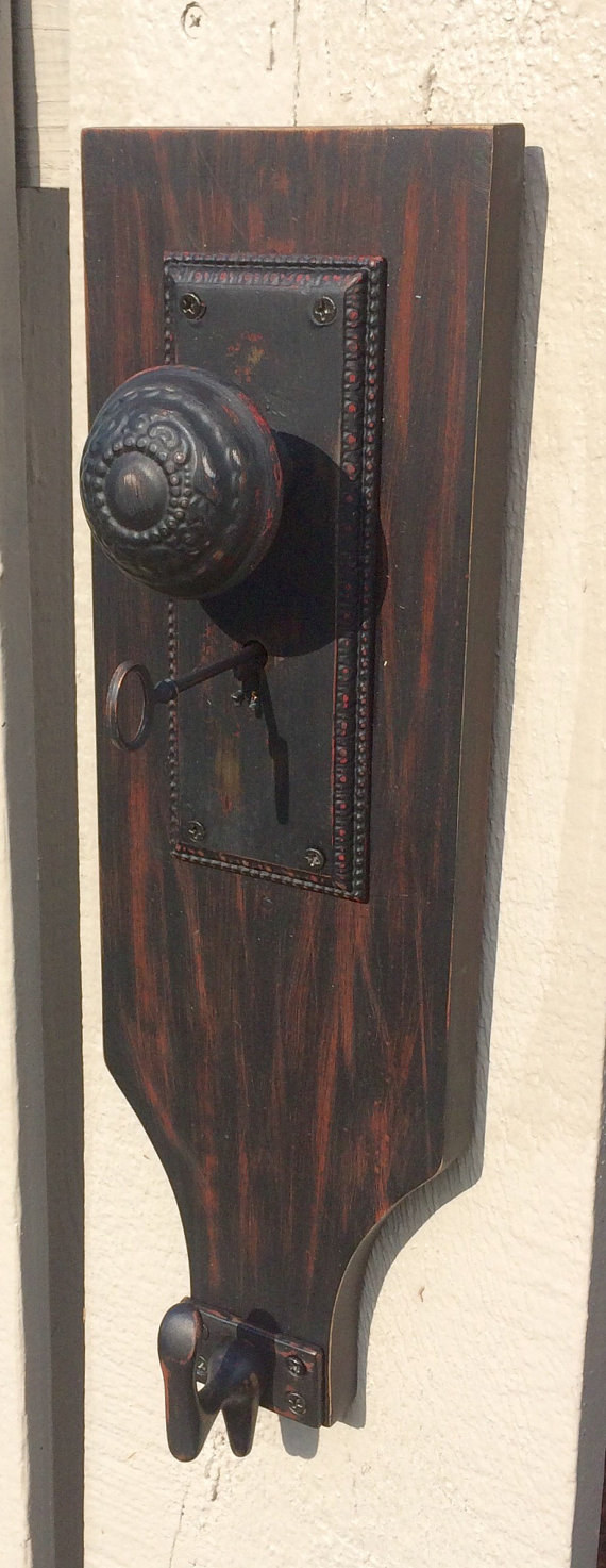 skeleton key door knob photo - 8