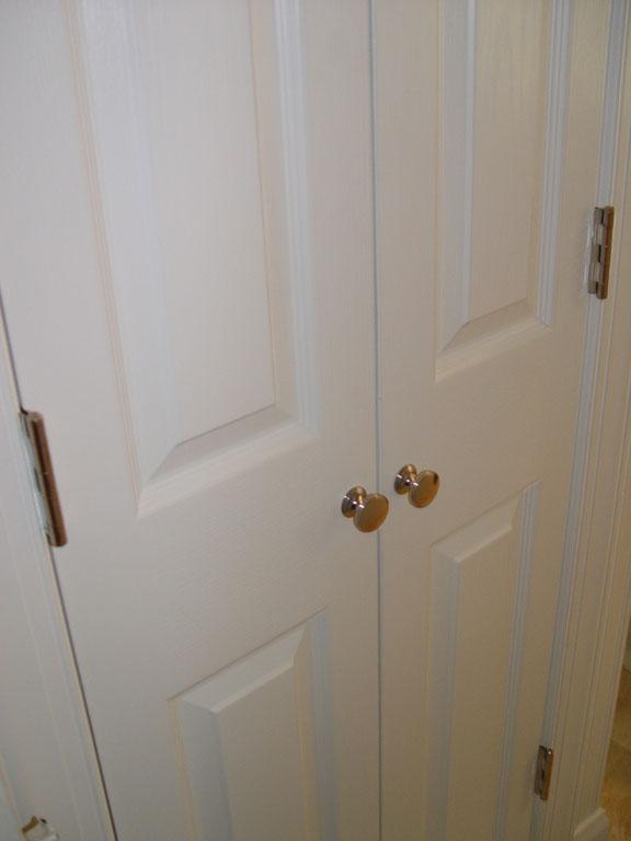 sliding closet door knobs photo - 2