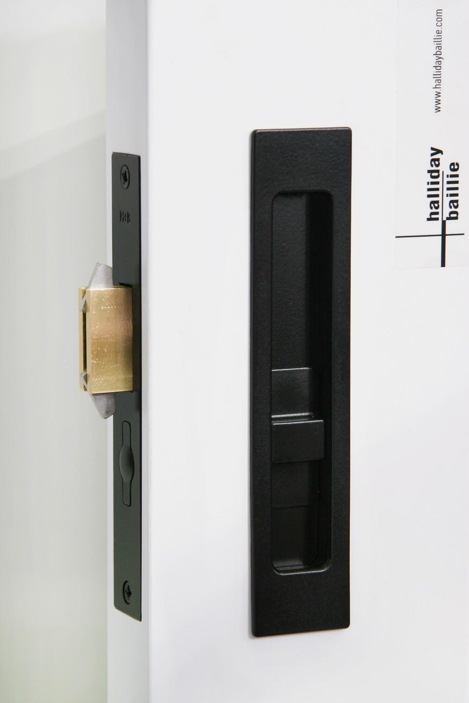 sliding door knob photo - 17