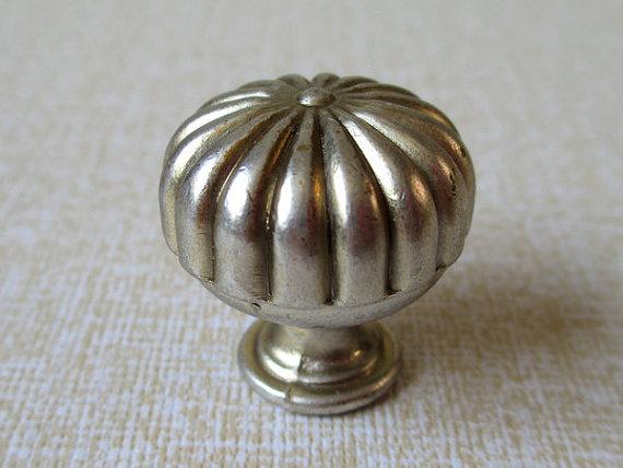 small door knob photo - 13