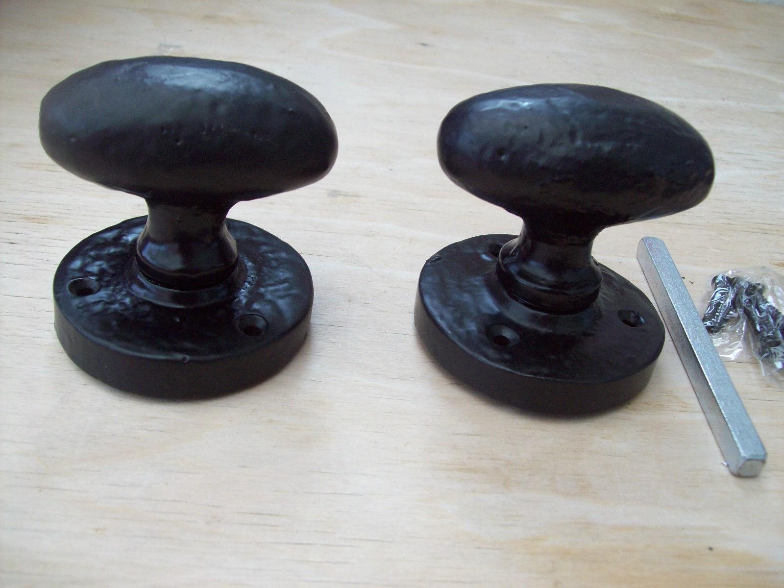 sprung door knobs photo - 15