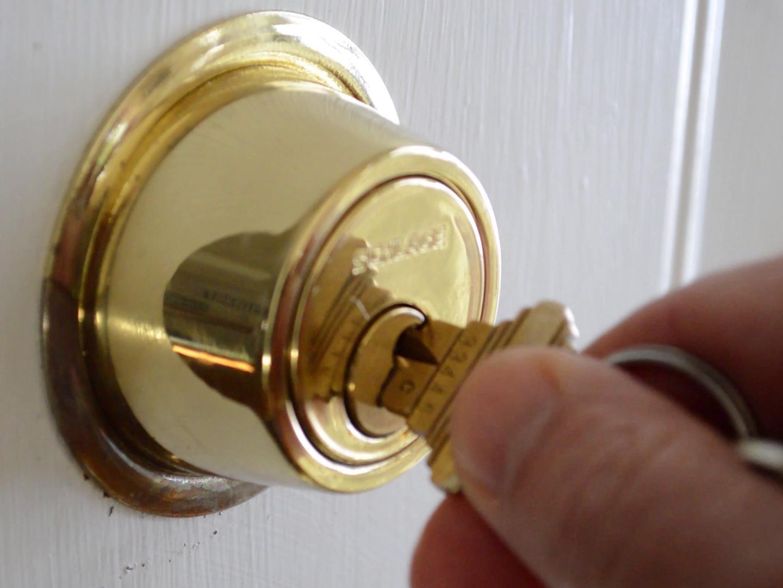 sticky door knob photo - 12