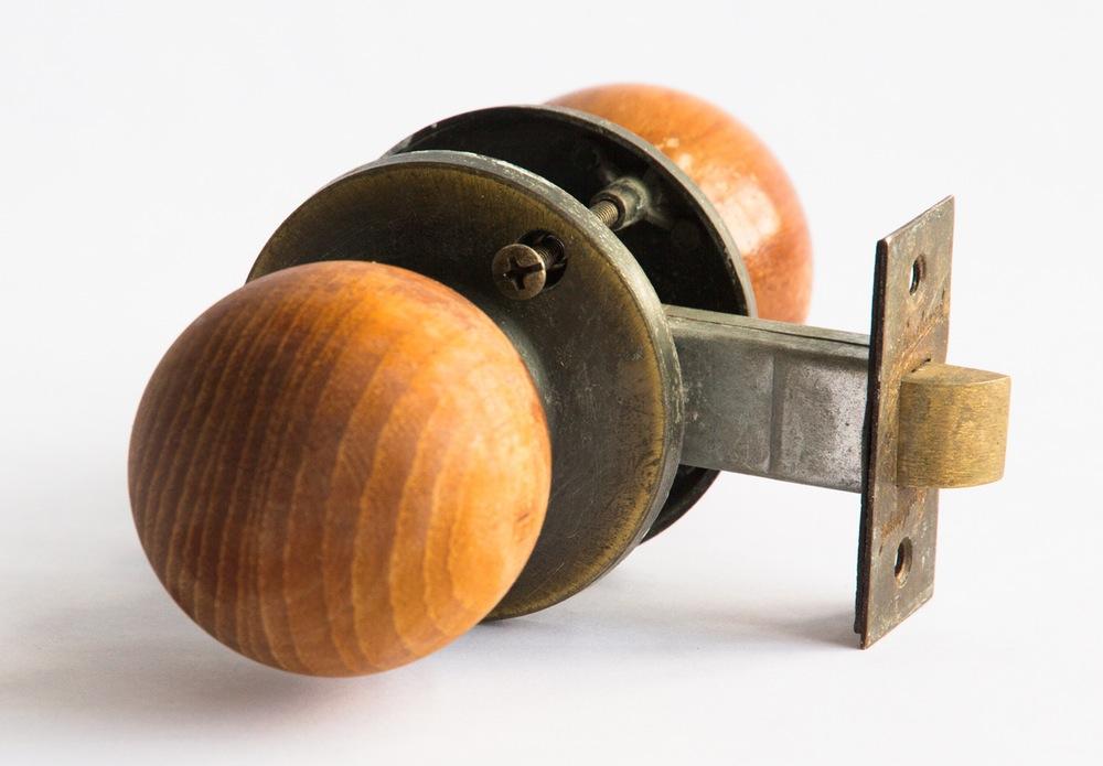 timber door knobs photo - 5