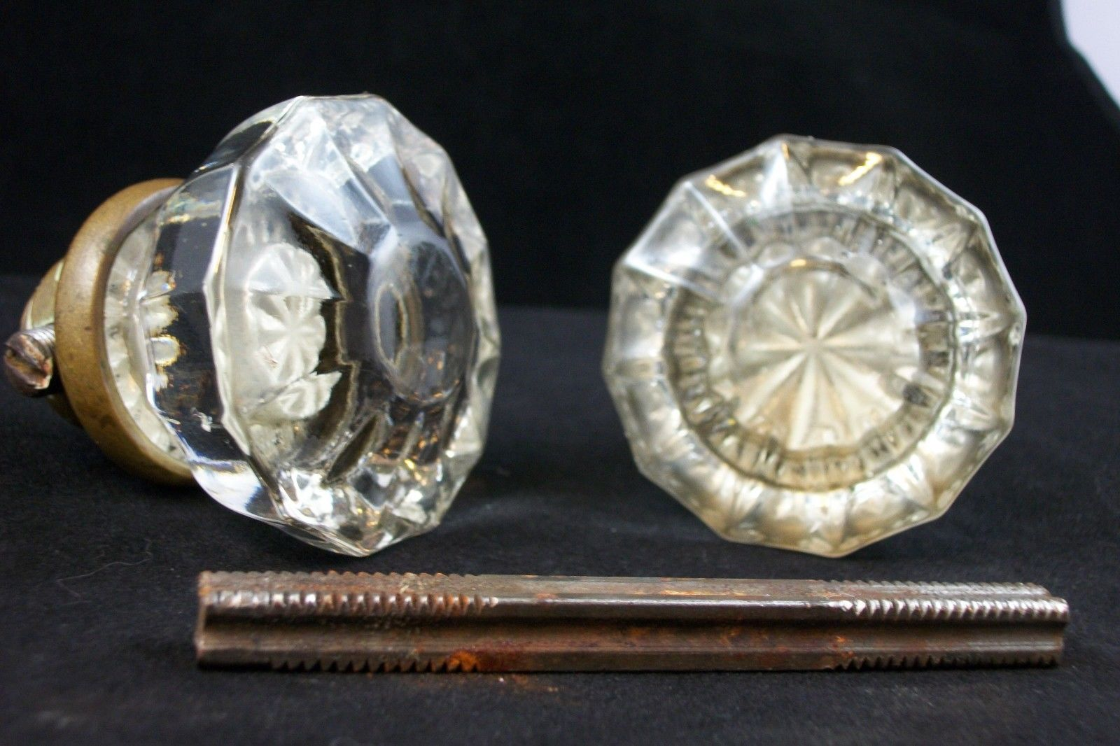 victorian glass door knobs photo - 14