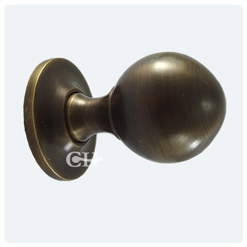 vintage brass door knobs photo - 19