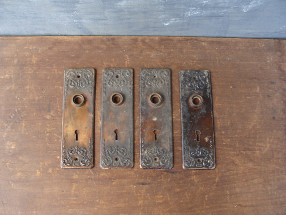 vintage door knob plates photo - 11