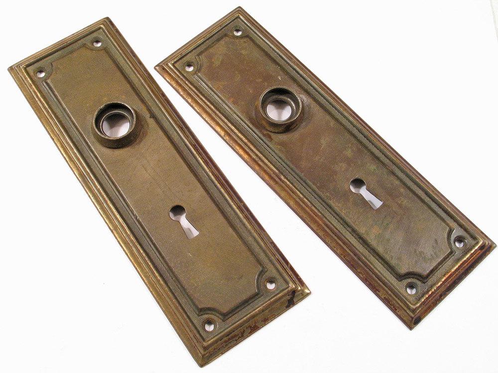vintage door knobs and plates photo - 20