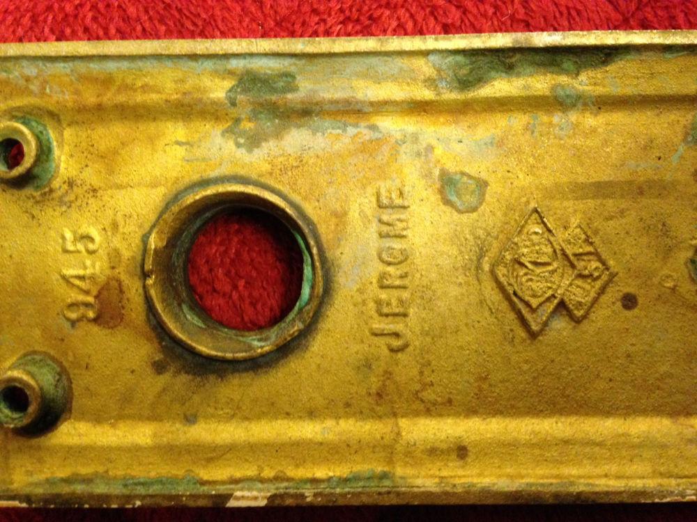 vintage door knobs and plates photo - 9