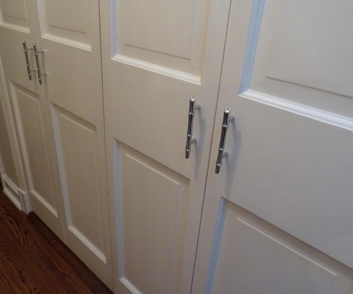 wardrobe door knobs photo - 6