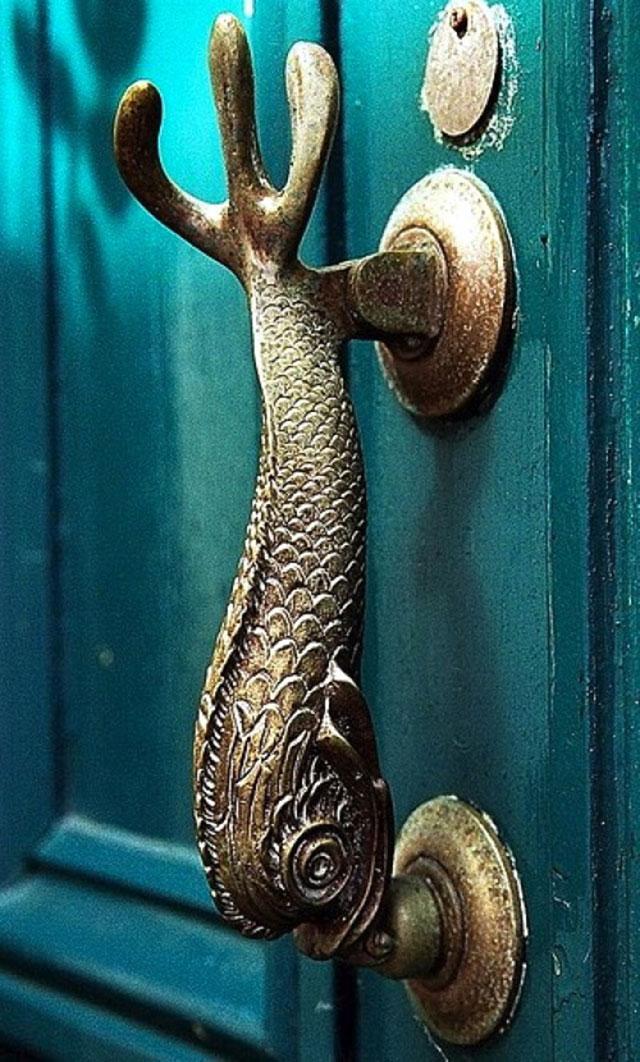 weird door knobs photo - 5