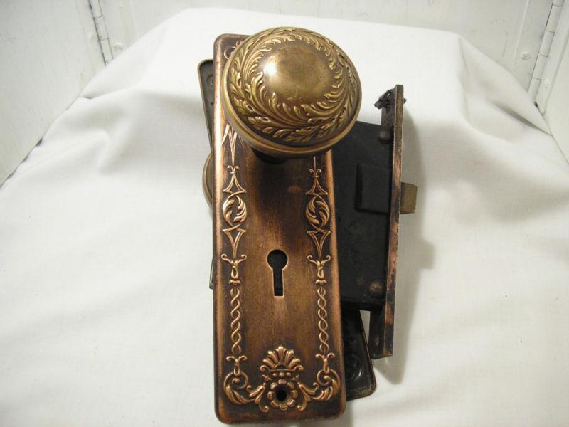 Old Fashioned Western Door Knobs Embellishment - Bathroom ideas ...