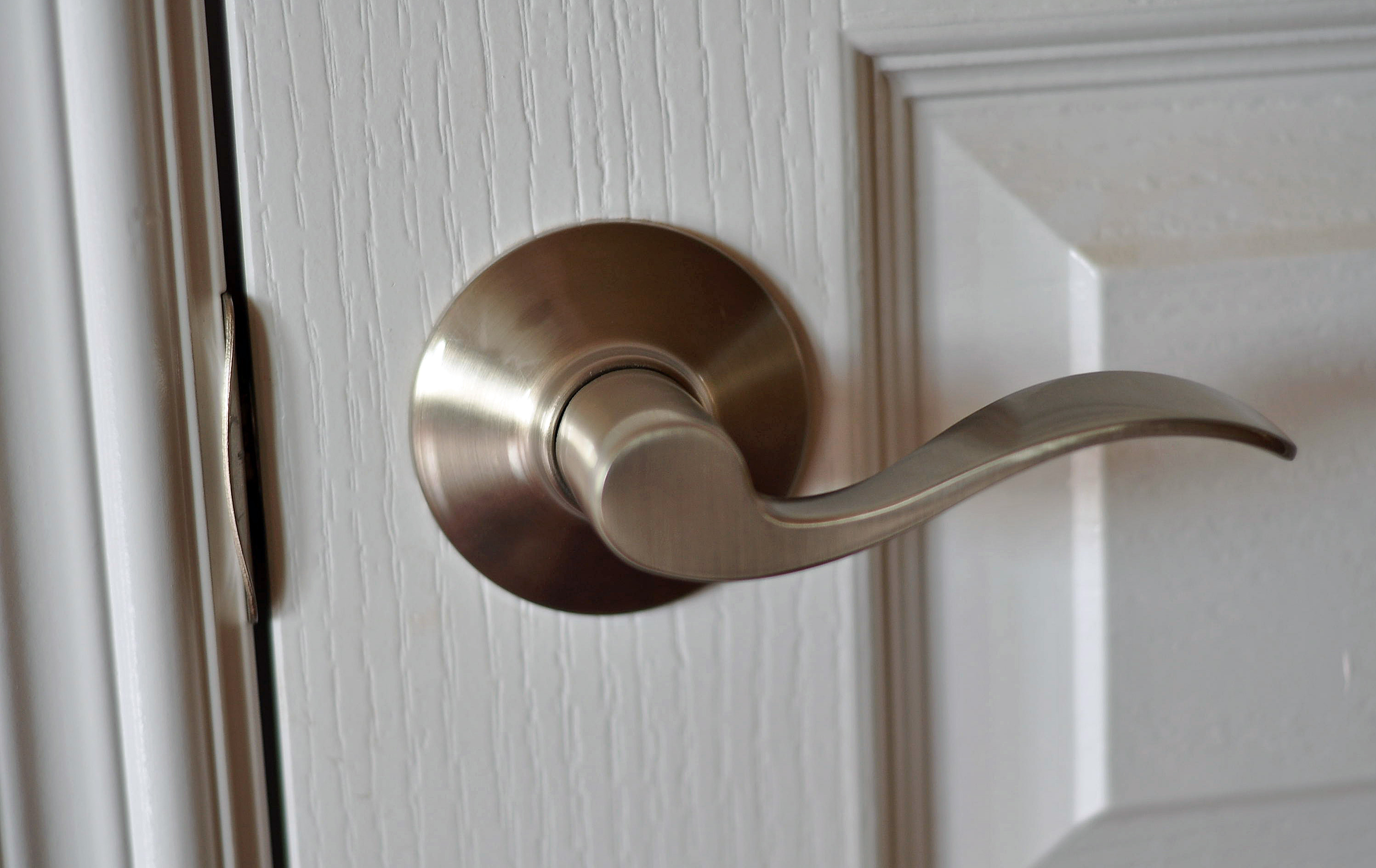 what is a door knob photo - 7