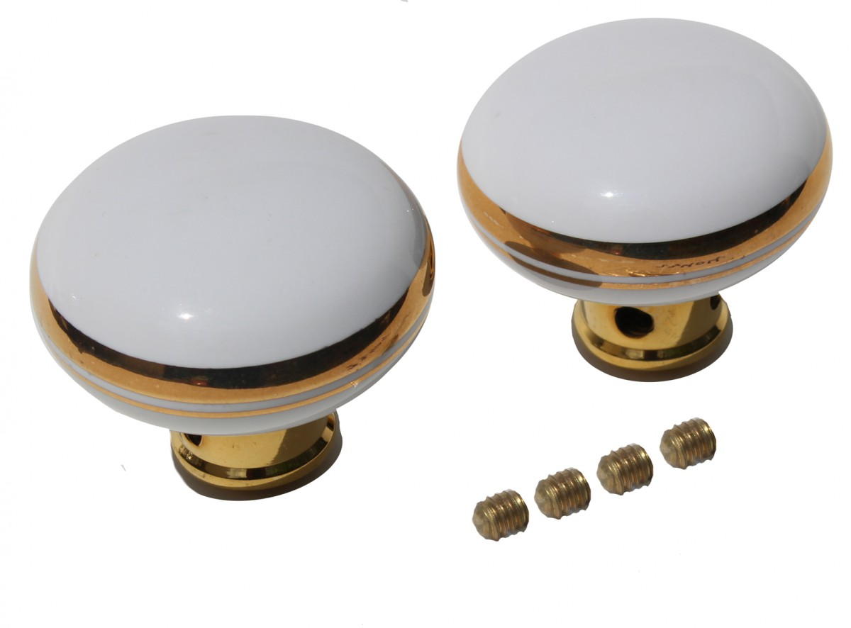 white door knobs photo - 11