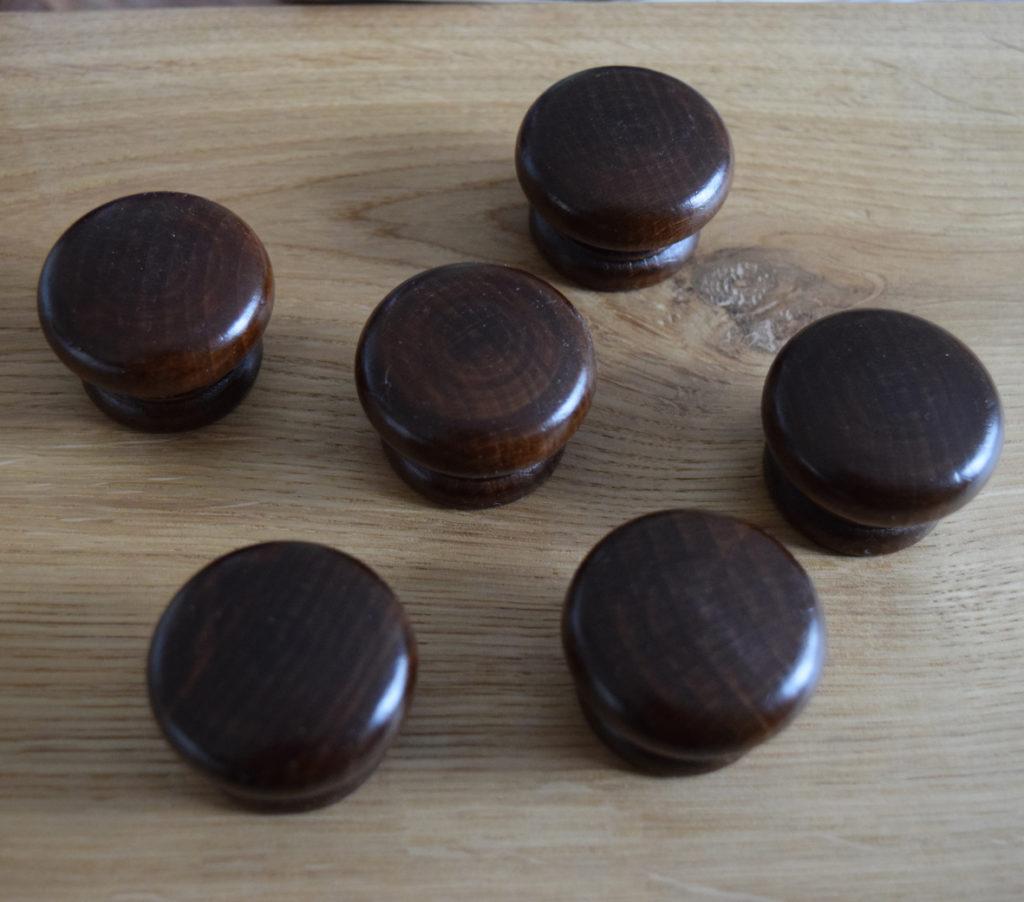wooden cupboard door knobs photo - 8