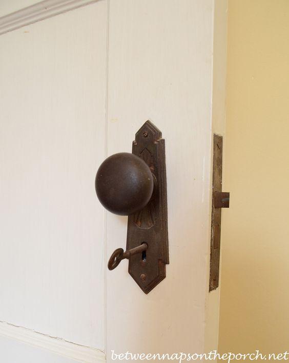 1930s door knobs photo - 15