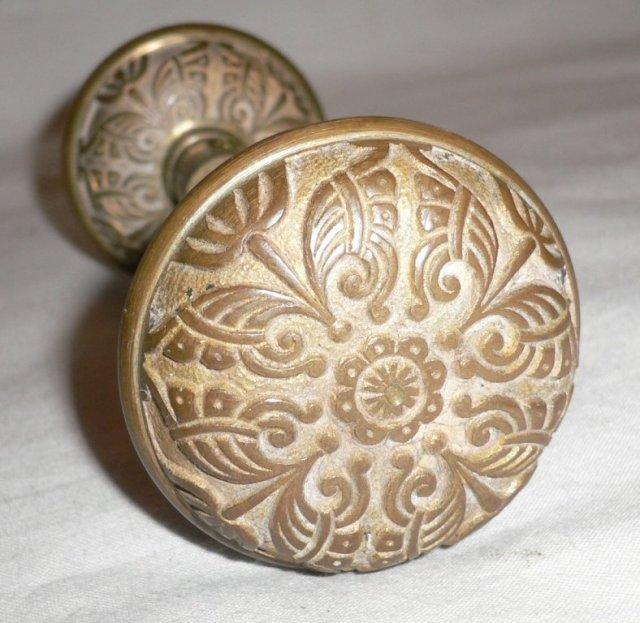 antique bronze door knobs photo - 7