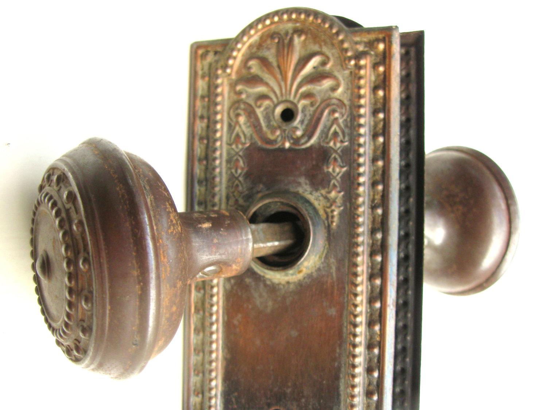 antique door knob plates photo - 3