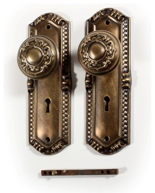 antique door knobs and hardware photo - 12