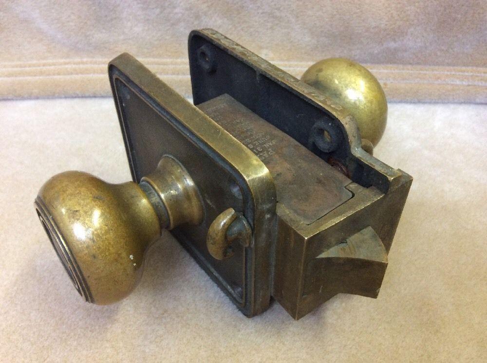 antique door knobs and locks photo - 14