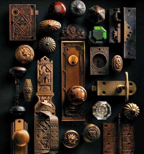 antique door knobs and locks photo - 17