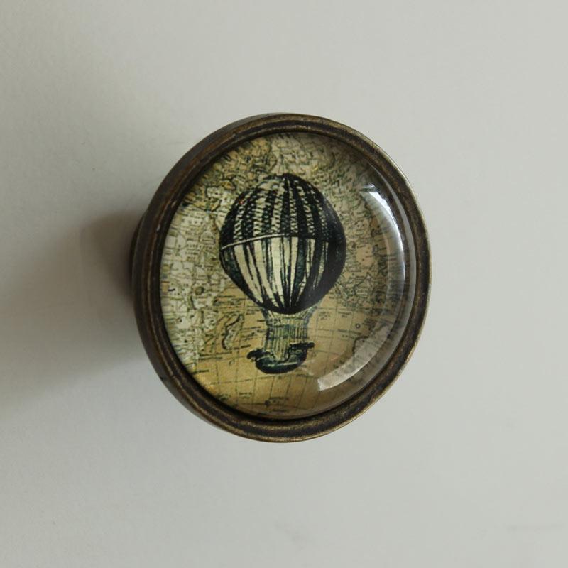 antique looking door knobs photo - 12