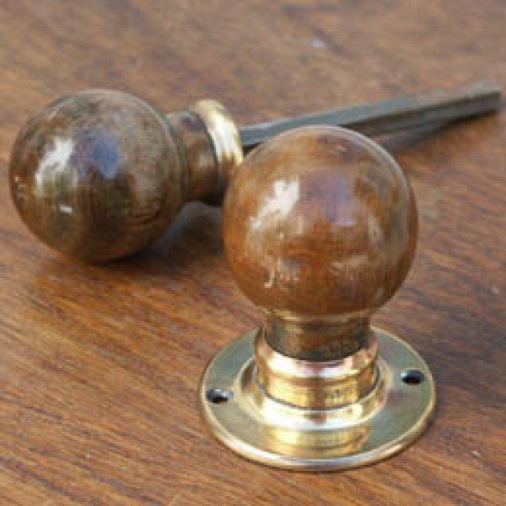 antique wooden door knobs photo - 1