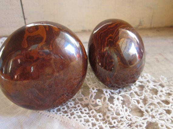 antique wooden door knobs photo - 13