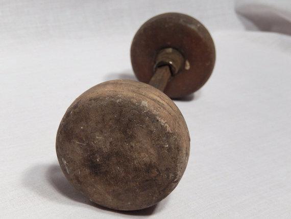 antique wooden door knobs photo - 19
