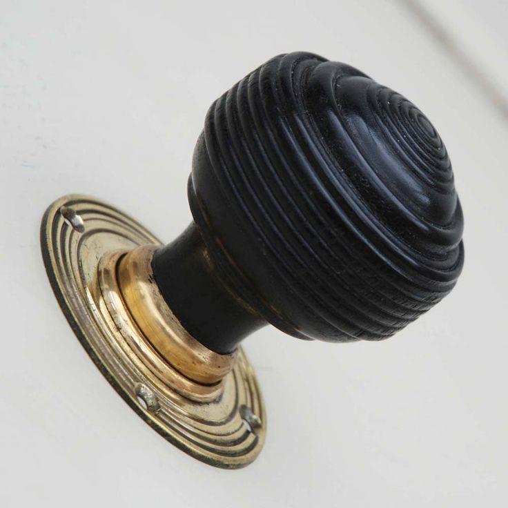 antique wooden door knobs photo - 20