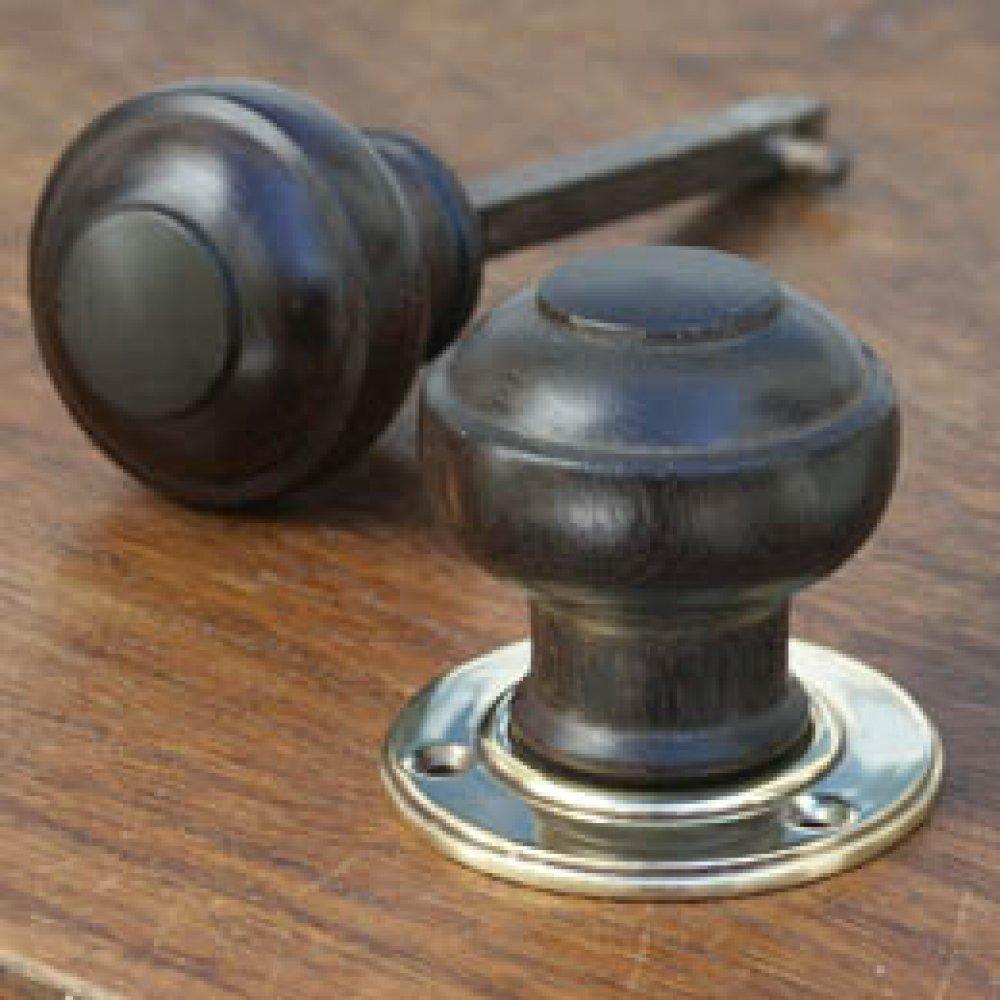 antique wooden door knobs photo - 3