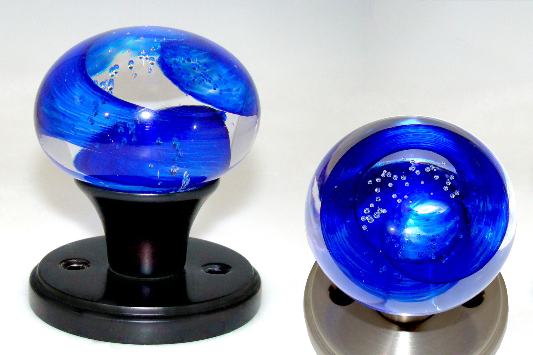 art glass door knobs photo - 10