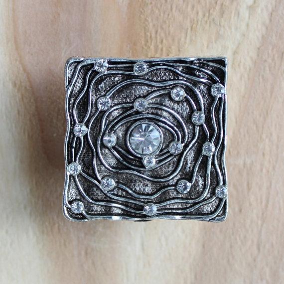 artistic door knobs photo - 12