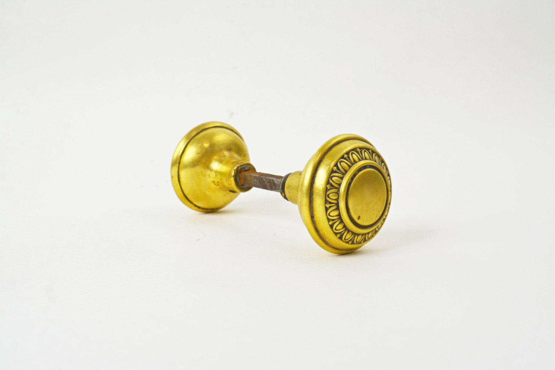 artistic door knobs photo - 5