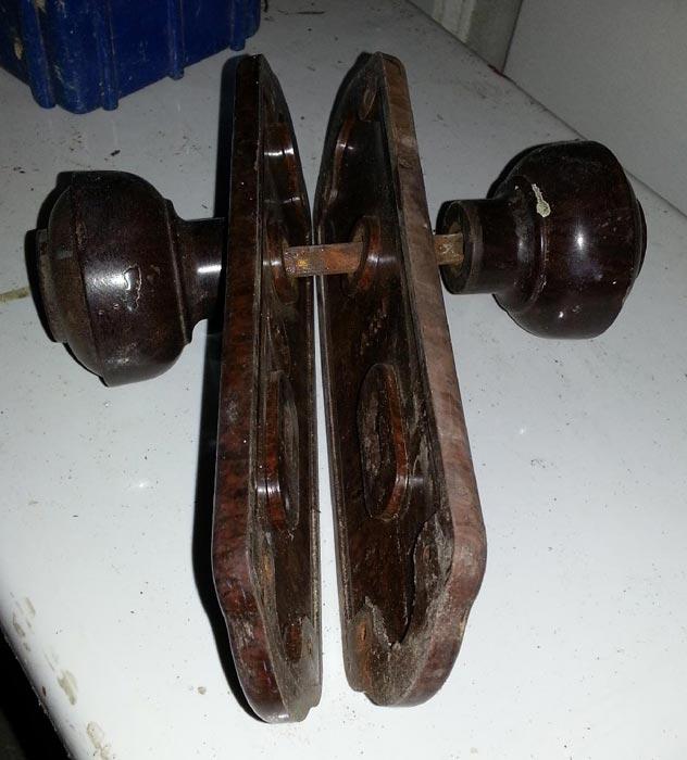 bakelite door knobs photo - 17