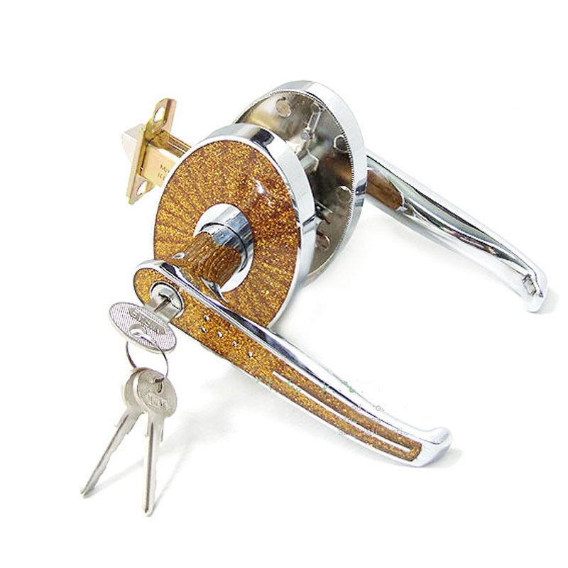 bedroom door knob with key lock photo - 16