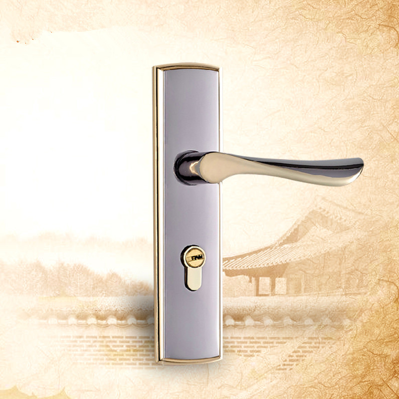 bedroom door knob with key lock photo - 18