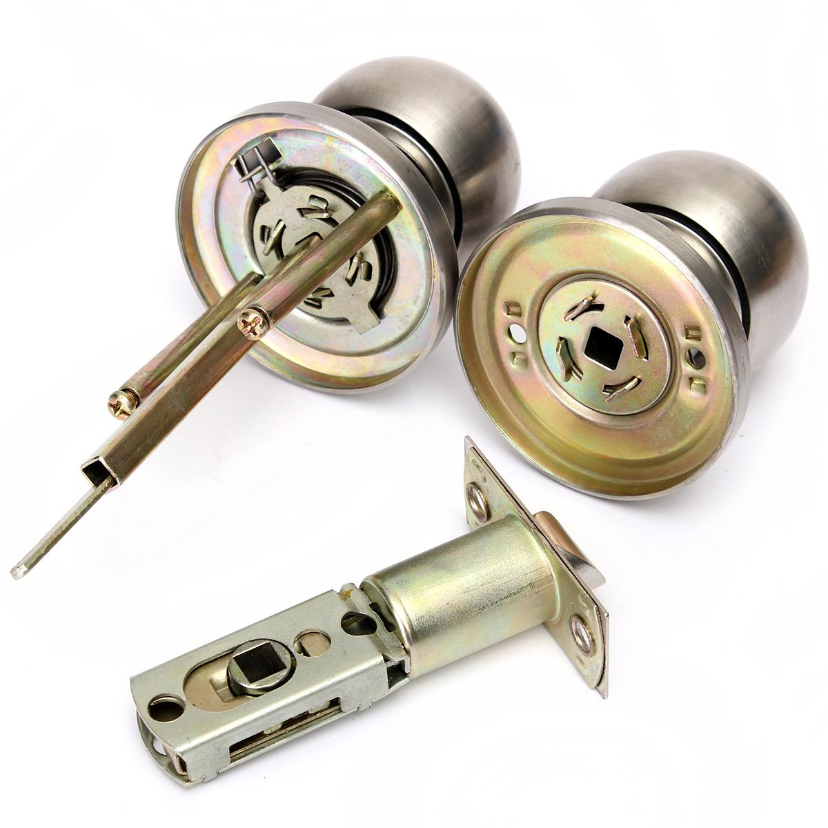 bedroom door knob with key lock photo - 5
