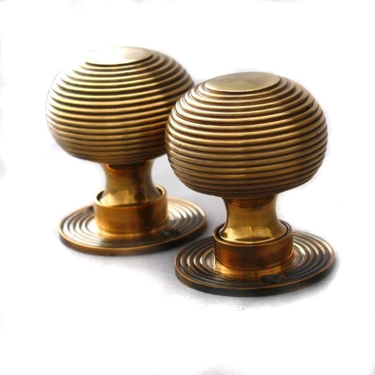 beehive door knob photo - 20